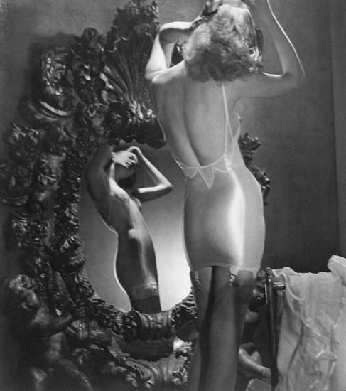 Louise Dahl-Wolfe, Lingerie, Harper's Bazaar.