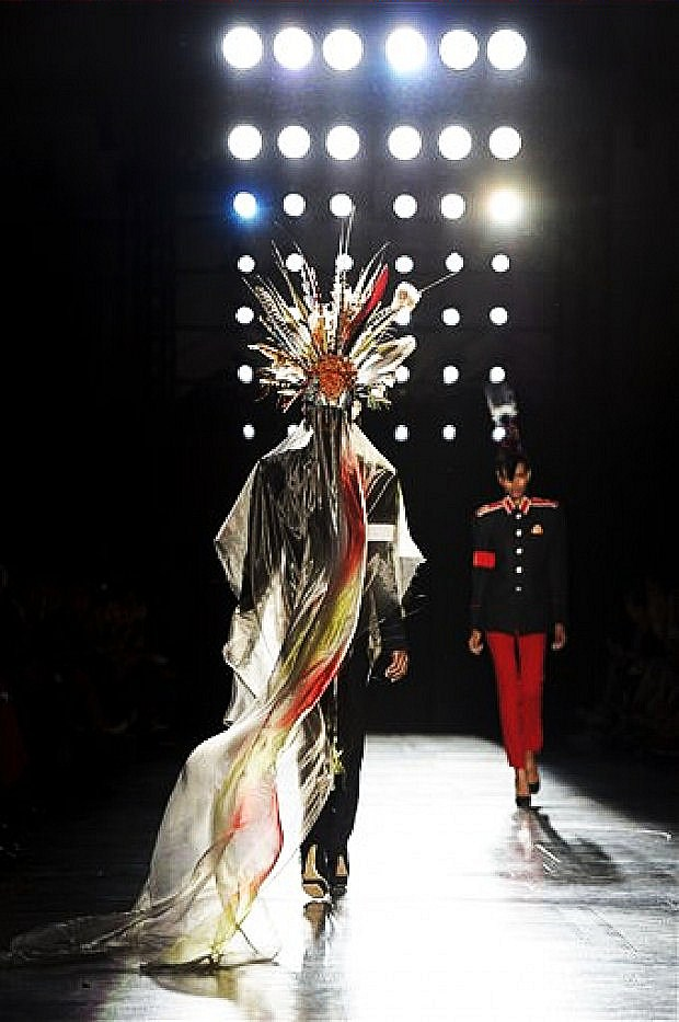 Philip Treacy London fashion week 2012.