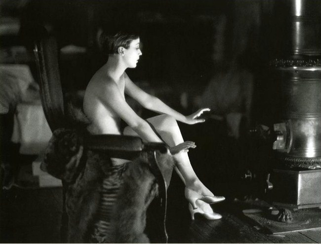 Bessie Love  1928 photographed by James Abbe.
